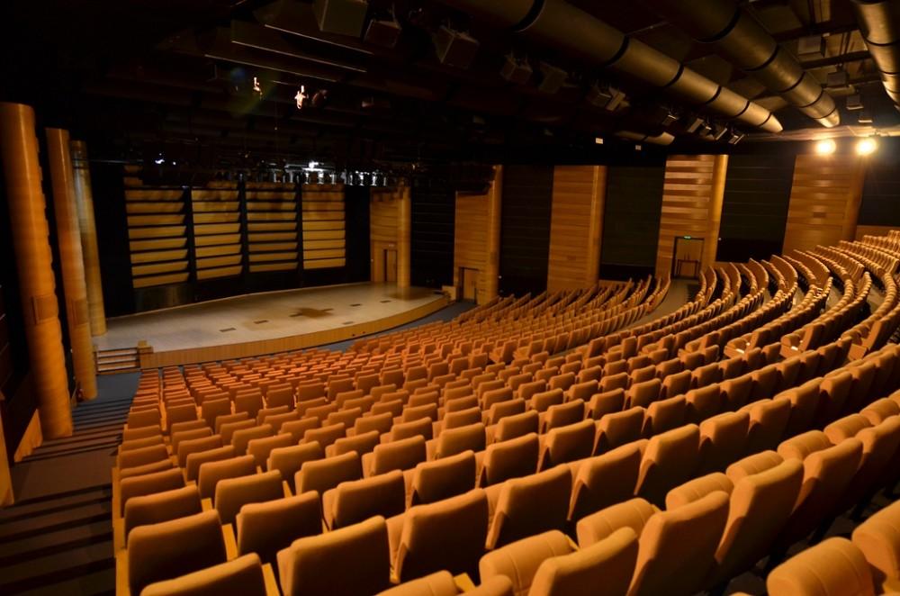 Palais du Pharo 13 auditorium