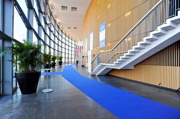 Chanot de Marsella - centro de convenciones y exposiciones - vestíbulo auditorio