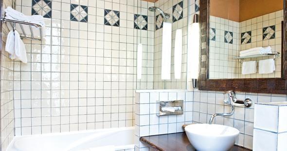 Newhotel Vieux Port Marseille Badezimmer