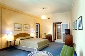Neues Hotel vieux port chbre2
