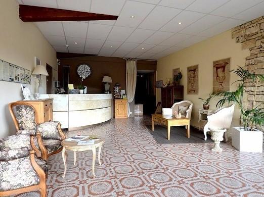 The apt mansion - reception