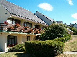 Hotel Restaurant Campanile Saumur - fuera