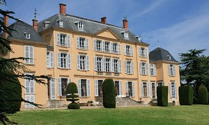 Chateau De Saint Trys - You can click to enlarge the photo