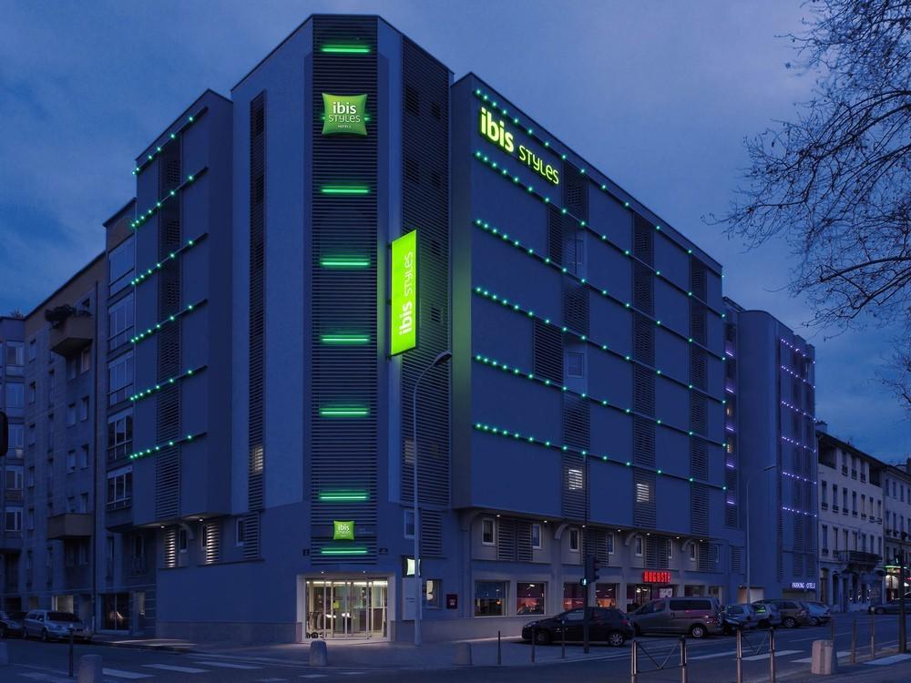 Hotel Ibis Lyon Avec Parking