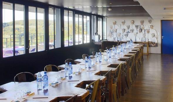 Las linternas del hotel Hermitage - el taller