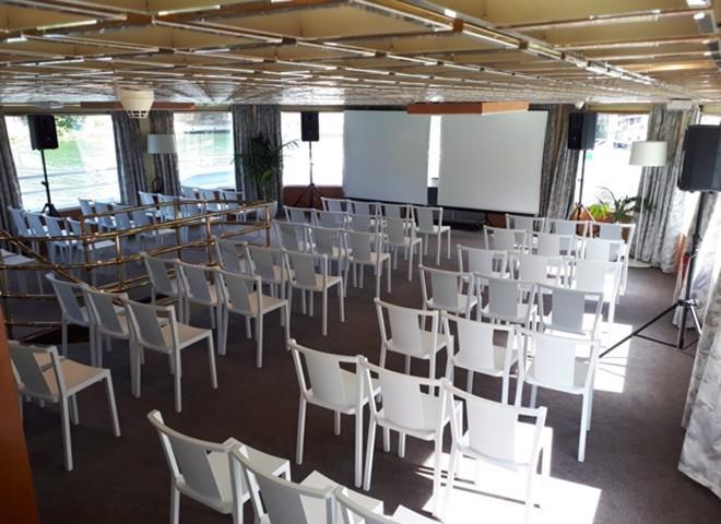 Pueblo de negocios - sala de reuniones