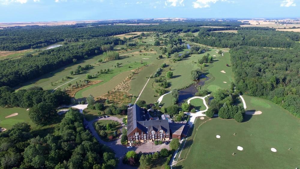 Domaine de la Forêt d'Orient - Naturhotel Golf und Spa - Seminarort in der Morgendämmerung