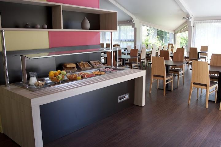 kyriad bourg en bresse salle s minaire bourg en bresse 01. Black Bedroom Furniture Sets. Home Design Ideas