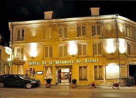 Hotel De La Bandera De Francia - Fachada