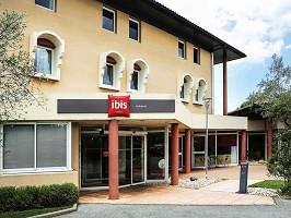 Ibis Aubenas - Hotel Home