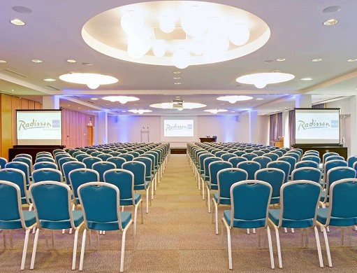 Radisson blu toulouse airport - seminar room in theater