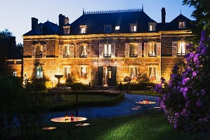 Château Les Bruyères - Por la noche