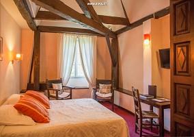 Chatelaine Zimmer - Chateau Bellevue - Cazaubon