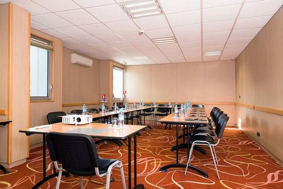 Brit hotel toulouse colomiers - the esplanade - sala de reuniones