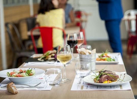 Brit hotel toulouse colomiers - l'esplanade - restaurante