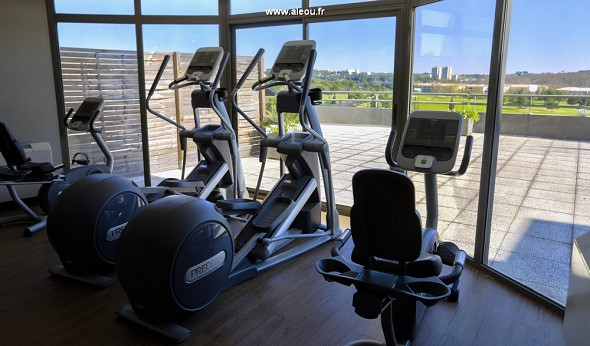Quality hotel du golf montpellier-juvignac - sala fitness panoramica