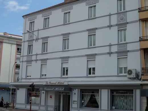 Brit Hotel Roanne - das Grand Hotel - Fassade des Brit Hotel Grand Hotel de Roanne