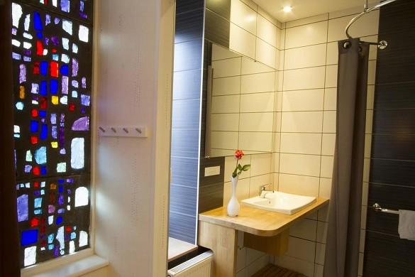 Brit Hotel Roanne - Le Grand Hotel - Badezimmer im Brit Hotel Grand Hotel de Roanne