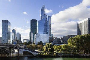 Sala seminari: Novotel Paris La Defense -
