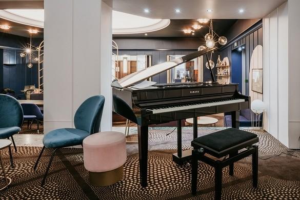 The grand hotel de valenciennes - piano