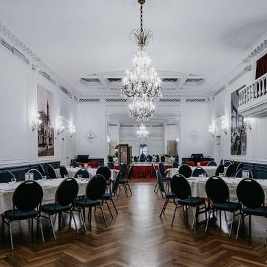Le grand hôtel de valenciennes - sala de recepción