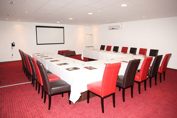 Zenia Hotel & Spa - equipped meeting room