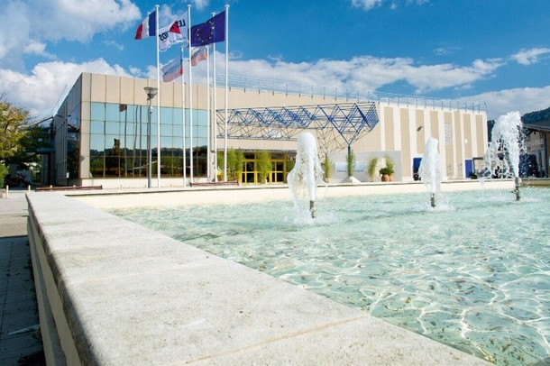 Mieten Sie ein Konferenzraum, ein Amphitheater oder Auditorium zu halten, einen Kongress - Kongress Agora Centre (13)
