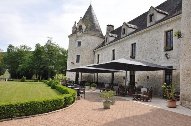 Renting rooms for organizing a conference or seminar in Brive-la-Gaillarde - Castle Fleunie (24)