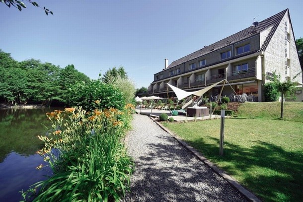 Room rental in Strasbourg for the organization of a seminar or a conference in STRASBOURG - Domaine du Lac (68)