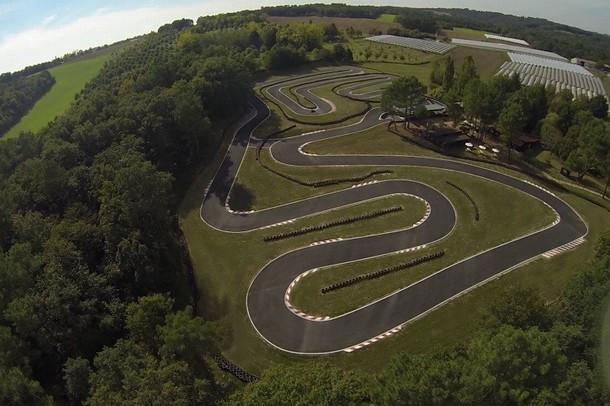 Organizar un seminario o la formación de equipos en un kart - Karting Jardín (24)