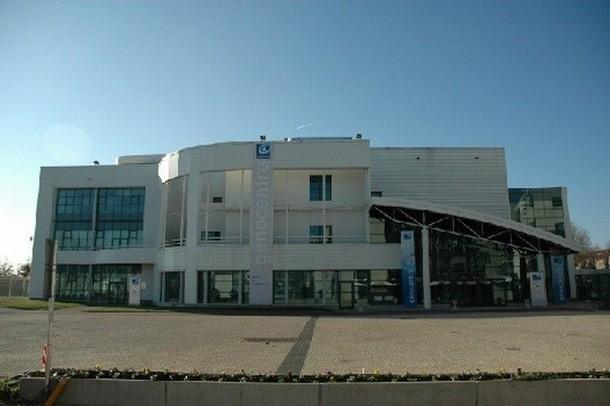 Alquiler de salas para la organización de un congreso o seminario en Evry - Genocentre (91)