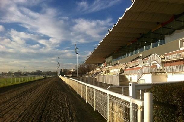 Alquiler de sala de hipódromo, la organización de seminarios ... Hipódromo - hipódromo de Toulouse (31)