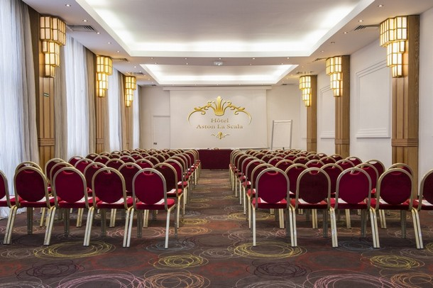 Rental of rooms for the organization of a conference or seminar in Antibes - Hotel Aston La Scala (06)