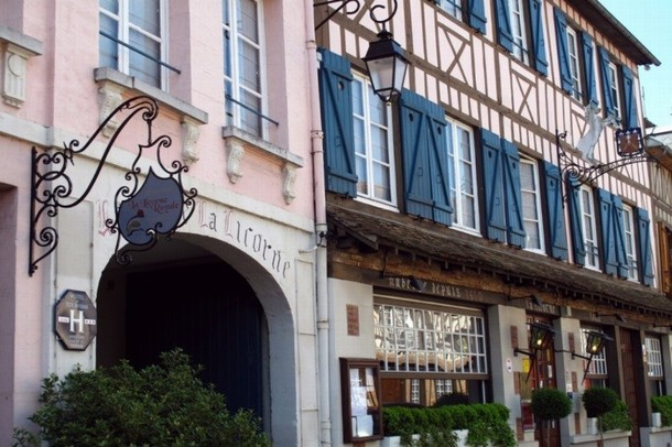 Rental of rooms for the organization of a conference or seminar in Evreux - La Licorne Hotel & SPA (27)