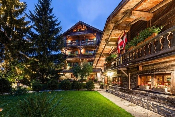 Rent a room to organize a seminar in Megève - The Horseshoe (74)