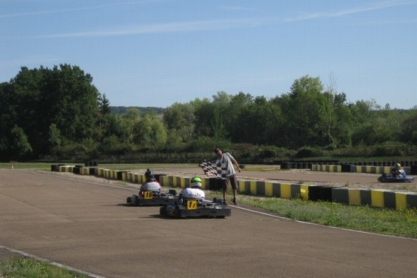 Organizzare un seminario o di team building in un kart - Made in Kart (89)