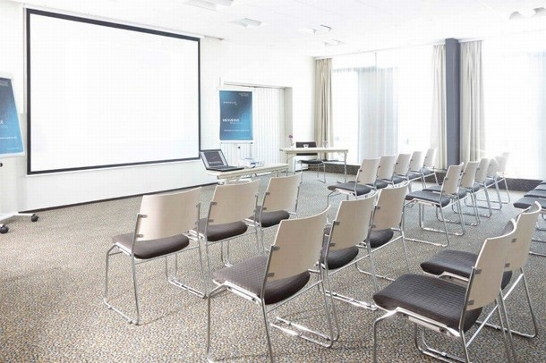 Organize your team building seminar in Marseille? - Novotel Marseille East (13)