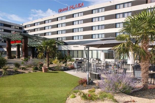 Renting rooms for organizing a conference or seminar in Brive-la-Gaillarde - Hotel Plaza - Site du Futuroscope (86)