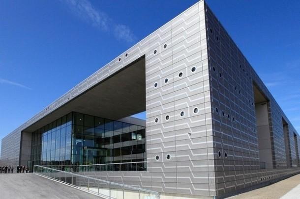 Rent a meeting room to organize a seminar in Valenciennes - Serre Numérique (59)