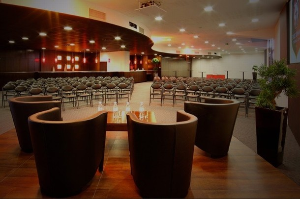 Rent a meeting room or conference in a stadium - Stade Rennais (35)