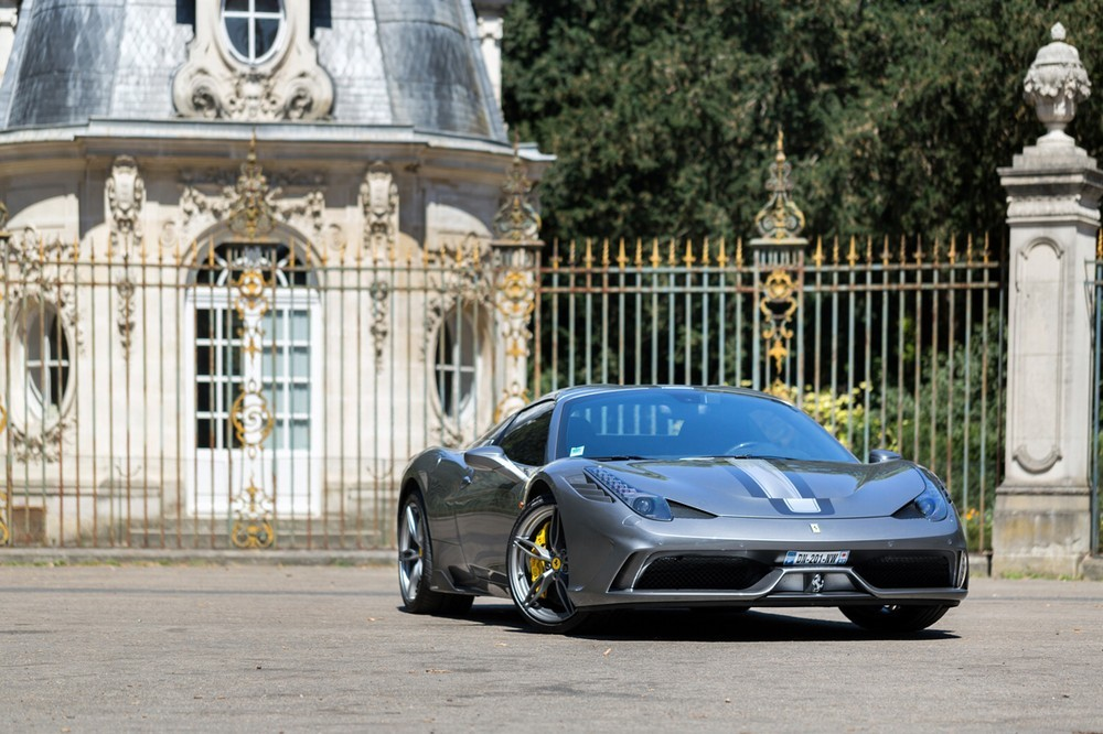 Petermoss - luxury car rental in paris