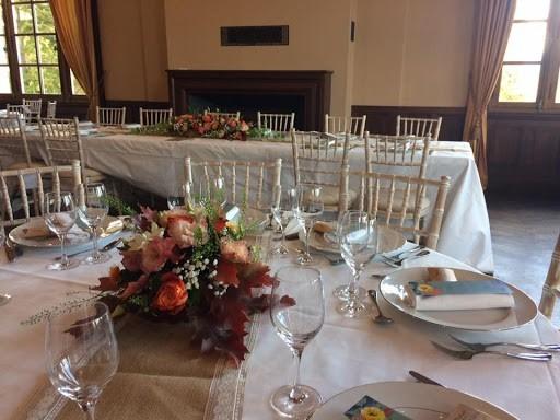 Val vert flowers - tables