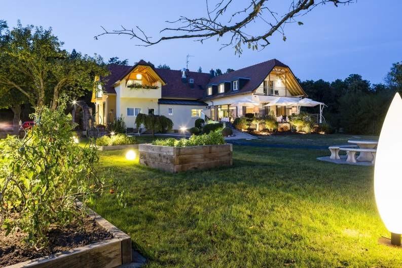 Restaurante Kasbür - lado jardín