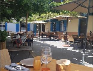 Restaurante Le Petit Prince - proveedor de servicios en SAINT-ALBAN-LES-EAUX