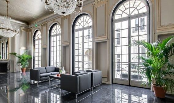 Verde interior - Alquiler de plantas para eventos profesionales.