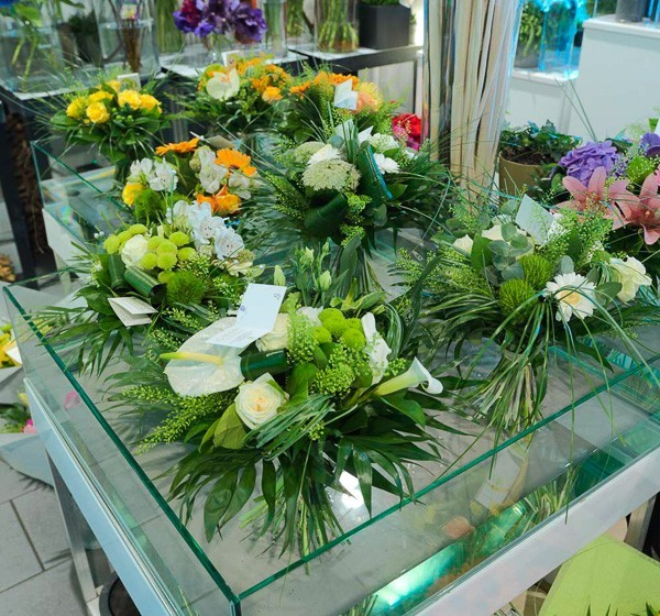 Green florist - creation of bouquets