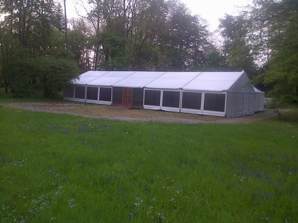 Splatch 51 - Installation von Zelten und Zelten im Mergel