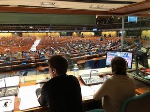 Estrasburgo interpreta - Intérpretes de conferencias