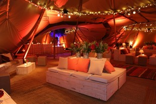 Eventipi - Interior of the teepee