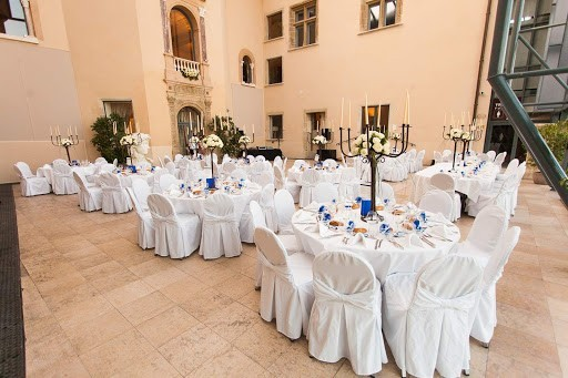 Flowers and style - reception hall